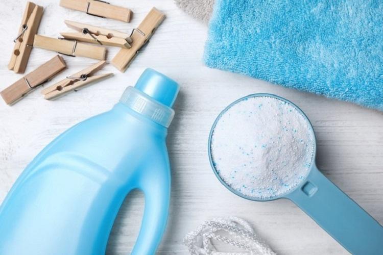 Ilustrasi deterjen pakaian, Sumber : review.bukalapak.com