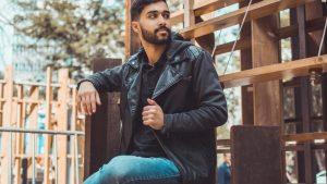 Jaket yang Membuat Pria Tampil Keren dan Modis